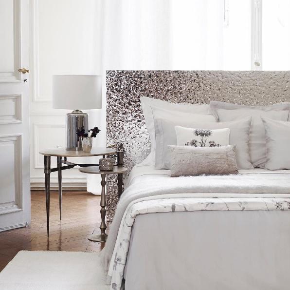quarto de casal roupa de cama